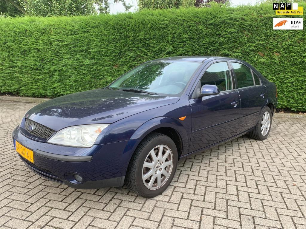 Ford Mondeo 18 16v First Edition Nap L Apk L Airco L